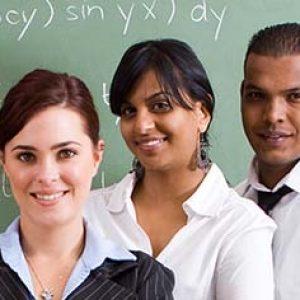 Os professores servem de exemplo para os alunos